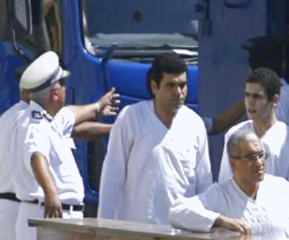 """السجن لمدد تصل إلى 25 عاماً للمتهمين في """"قضية حزب الله"""" بمصر"""