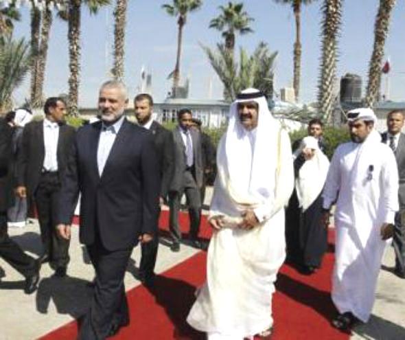 امير قطر يصل غزة في اول زيارة لرئيس دولة للقطاع منذ سيطرة حماس