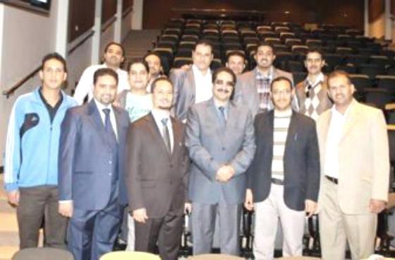 الدكتوراة للباحث اليمني صالح النظاري من جامعة الملك سعود بالرياض