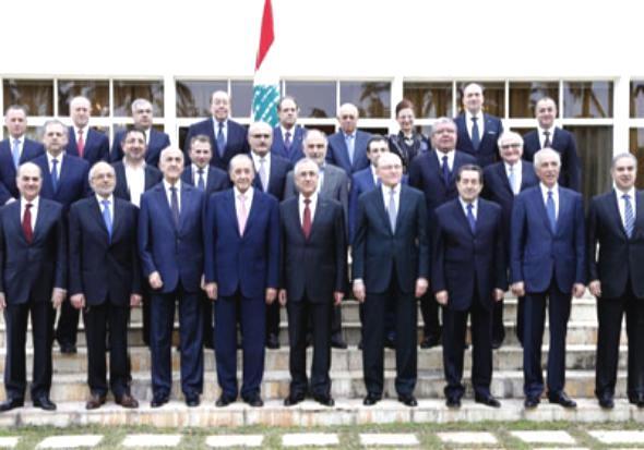 لبنان: إعلان تشكيل الحكومة الجديدة ورئيس الوزراء يتعهد بمحاربة الارهاب