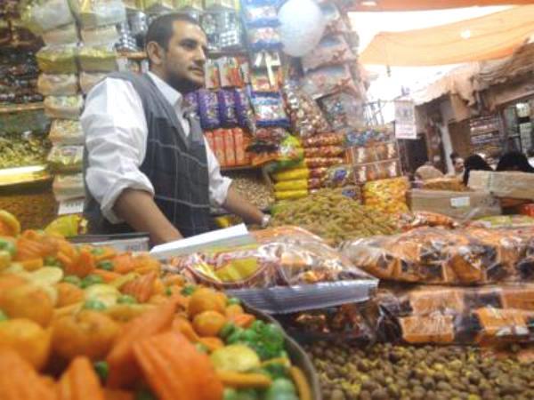 العيد في اليمن.. تشاعيل وعَسْب وأعراس وبَرَع!