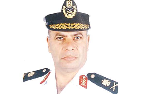 قائد القوات البحرية المصرية: نتابع الموقف في اليمن.. وسنتعامل مع أي خطورة وفقا للموقف