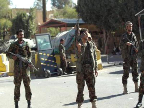 """معركة حضرموت تقترب: """"القاعدة"""" في مواجهة الغضب الشعبي"""