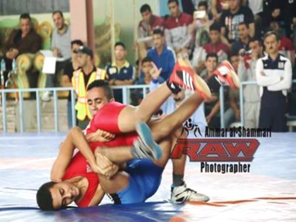 اليمن تحصد ذهبيتي المصارعة الحرة والرومانية في بطولة غرب آسيا بعد فوزها على إيران