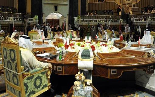 التعاون الخليجي يطالب بإطلاق سراح القطريين المختطفين بالعراق