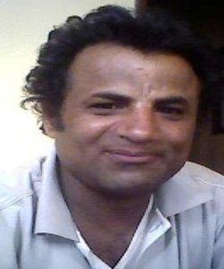 صحفي يمني يفوز بالجائزة الأولى للصحافة الاستقصائية بعمان