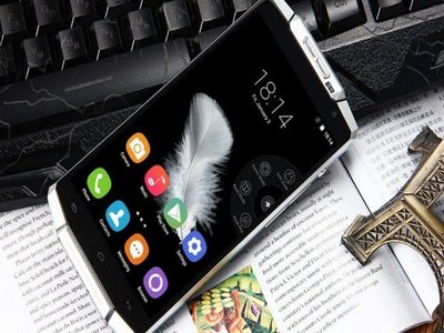 Oukitel K10000 هاتف ذكي ببطارية 10.000 ميلي أمبير