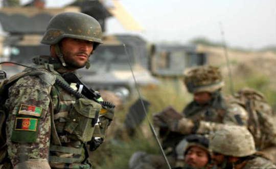 القوات الأفغانية تحرر 59 سجينًا من يد طالبان