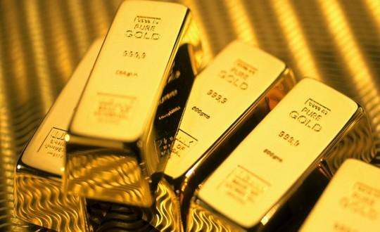 أسعار الذهب تواصل ارتفاعها مع تهاوي الأسهم