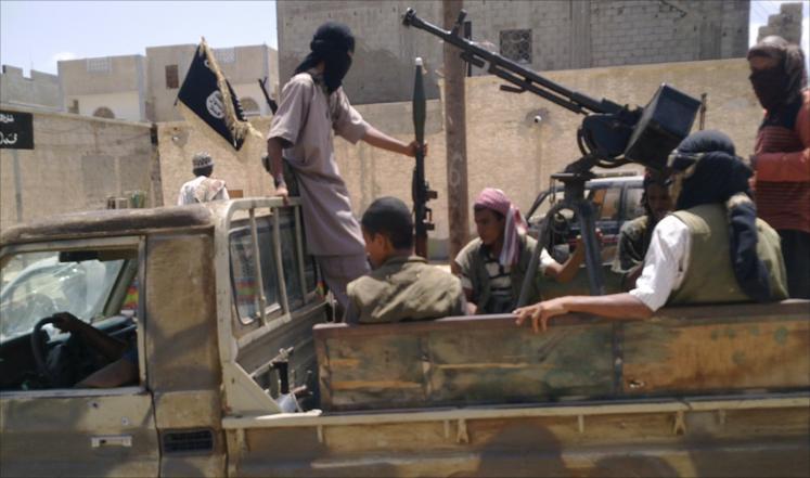 مقتل 30 عنصراً من تنظيم القاعدة في المكلا