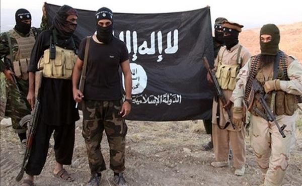 """""""داعش"""" يتبنى قتل قيادي بالمقاومة الشعبية في عدن"""