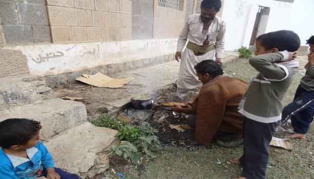 أزمة غاز الطهي تضر بصحة اليمنيين
