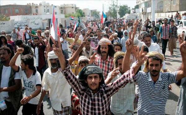 الذكرى الـ27 للوحدة اليمنية: منع تفكك البلاد المهمة الأصعب