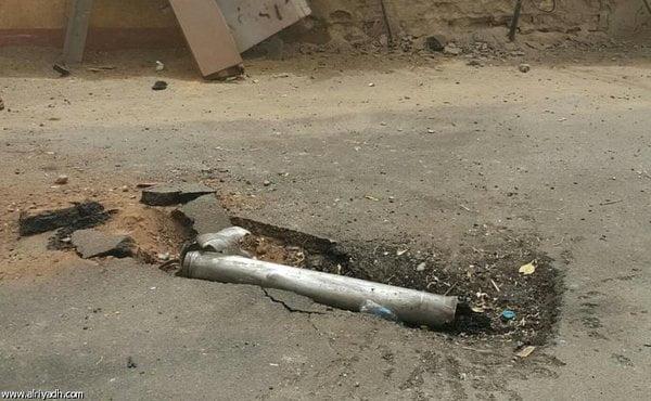 إصابة 5 سعوديين إثر سقوط مقذوفات عسكرية من اليمن