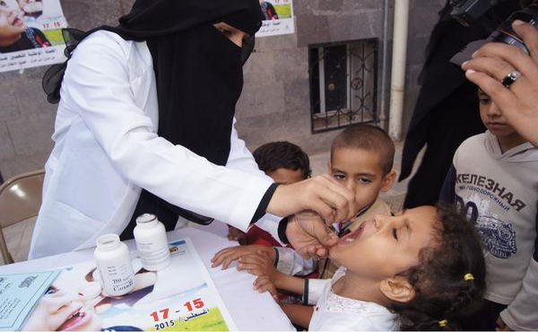 تطعيم اكثر من 3 مليون طفل في اليمن ضد شلل الأطفال