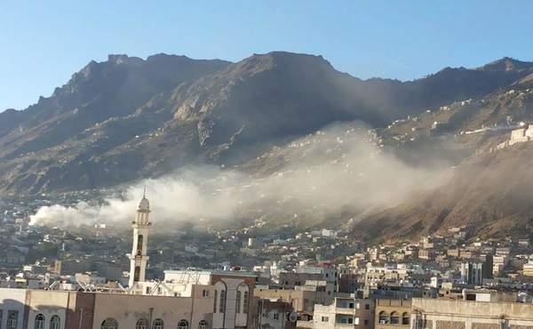 قتلى وجرحى بقصف الحوثيين لعرض لقوات الشرعية في المعافر تعز