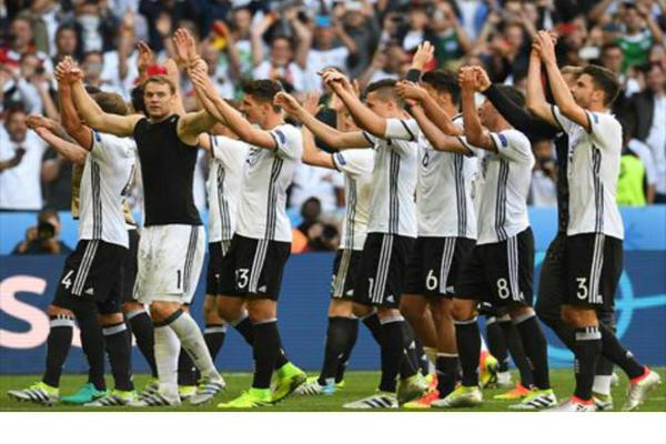 ألمانيا تكتسح سلوفاكيا بثلاثية وتتأهل لدور الثمانية (فيديو)