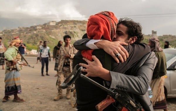 مأرب: الإفراج عن 24 أسيراً في صفقة تبادل بين المقاومة والحوثيين