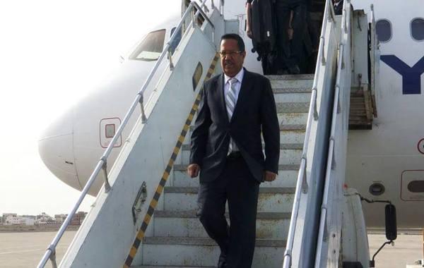 بن دغر يعود إلى عدن ويصرح من المطار: 2018 عام الانتصار الكبير