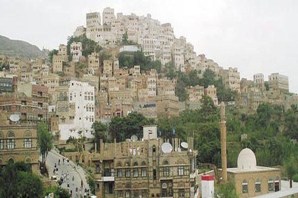 سكان: القبائل الموالية للمؤتمر تسيطر على محافظة المحويت