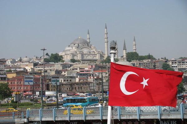 متصفحو نشوان نيوز في تركيا يشتكون حجبه من السلطات