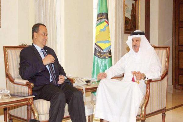 الزياني يبحث آخر تطورات الأوضاع في اليمن مع ولد الشيخ