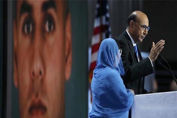والدة أمريكي مسلم قتل في العراق: ترامب جاهل بالإسلام ولا يعرف معنى التضحية
