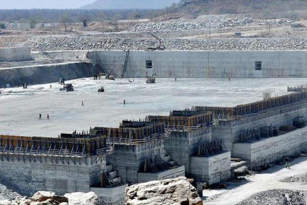 """إثيوبيا تشرع في بناء ثاني أكبر سد بعد """"النهضة""""بتكلفة 2.2 مليار يورو"""