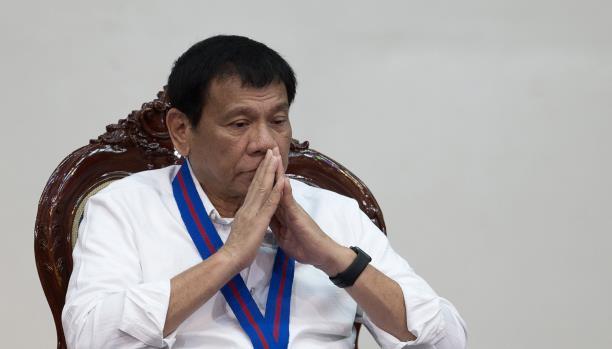 رئيس الفيليبين يهدد بسحب بلده من الأمم المتحدة