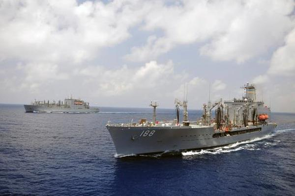 الحوثيون يفرجون عن السفن الكورية بعد الاعتذار ويكشفون الملابسات