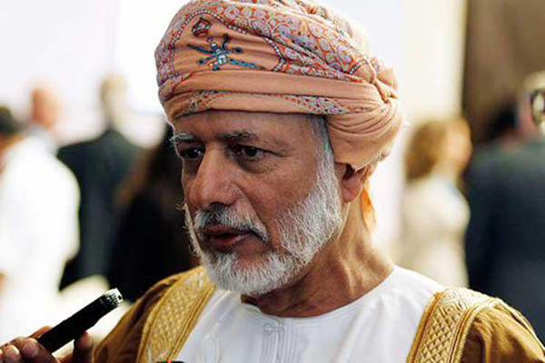 وزير الخارجية العماني: ليست لنا علاقة خاصة بالحوثيين