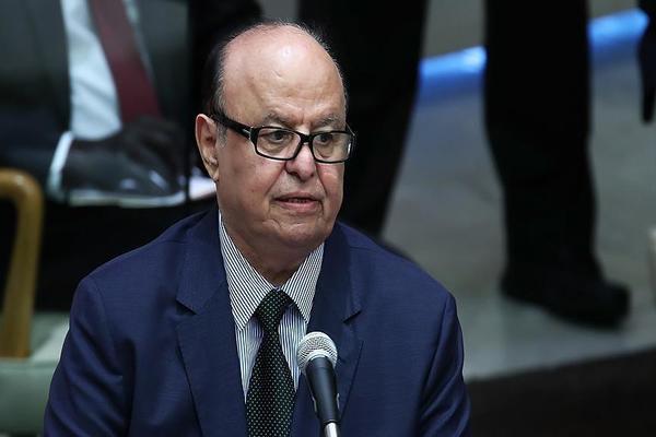 هادي يطلب من الأمم المتحدة العمل الجدي لتنفذ قرارات مجلس الأمن بشأن اليمن