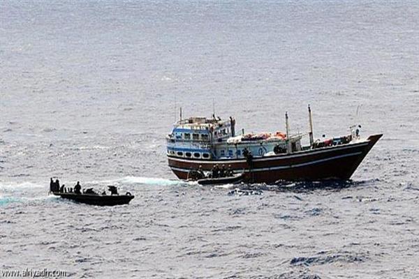 سفن إيرانية تتوغل في المياه اليمنية بأرخبيل سقطرى