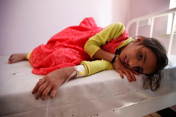 منظمة أوكسفام: وباء الكوليرا يقتل يمنياً كل ساعة