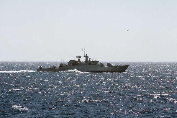 مقتل 7 باكستانيين جراء هجوم صاروخي على سفينة شحن قبالة سواحل اليمن
