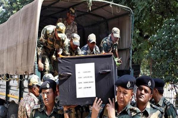 مقتل جندي هندي على الحدود مع باكستان