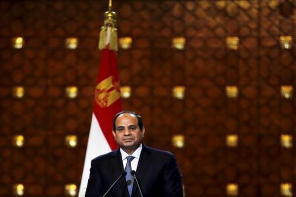 السيسي يعلن رسمياً ترشحه للإنتخابات الرئاسية المقبلة