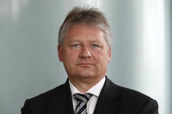 مدير المخابرات الألمانية يحذر من هجمات إلكترونية روسية