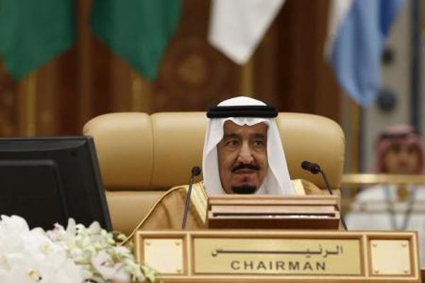 العاهل السعودي: لن نقبل بأي تدخل في شؤون اليمن الداخلية