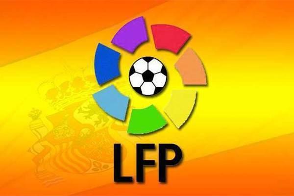 الدوري الإسباني: برشلونة يصطدم باسبانيول المتألق ويسعى إلى الاقتراب من الصدارة