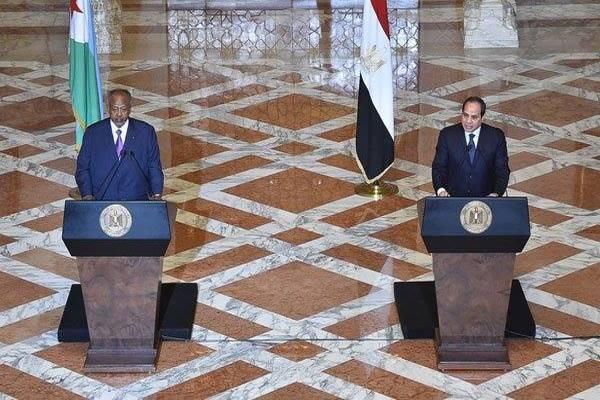 السيسي: بحثت مع رئيس جيبوتي الوضع في اليمن
