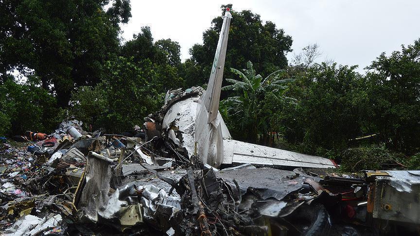 مصرع 5 أشخاص جراء سقوط طائرة شحن في كولومبيا