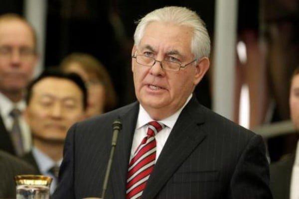 صحيفة: مسؤولان عربيان وراء إقالة تيلرسون من خارجية واشنطن