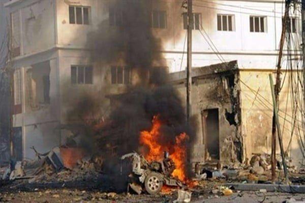 إصابة 5 جنود في انفجار سيارة مفخخة بالعاصمة الصومالية