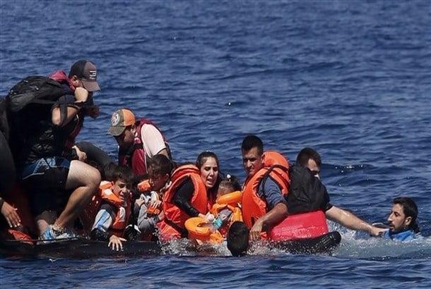 إيطاليا تنقذ أكثر من 5 آلاف مهاجر من الغرق بالبحر المتوسط