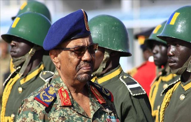 مسؤول سوداني: 6 مدرعات مصرية صادرها الجيش وصلت إلى الفاشر