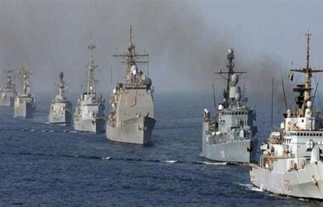 قوات بحرية دولية تعزز انتشارها قبالة ميناء عدن