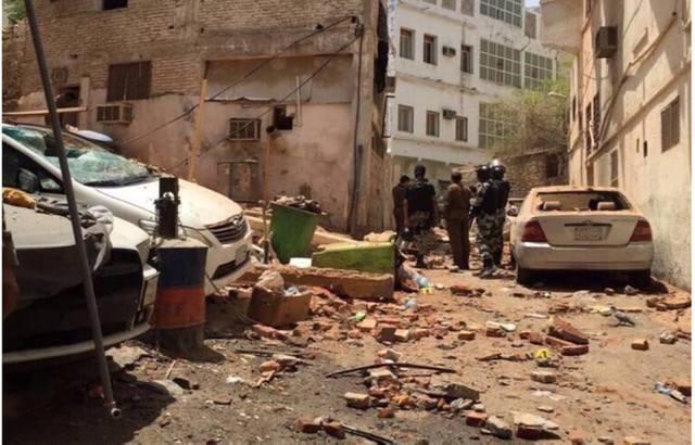 السعودية: 3 مداهمات أمنية تنتهي بضبط مطلوبين في مكة وجدة