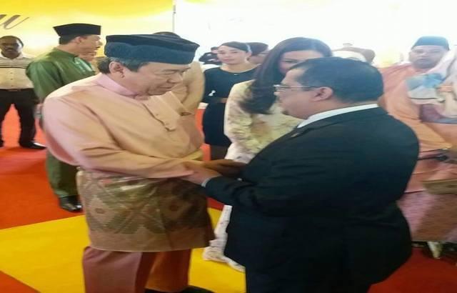 سفير اليمن لدى ماليزيا يلتقي سلطان ولاية سلانجور