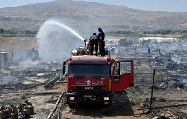 قتيل في حريق بمخيم للاجئين السوريين في لبنان